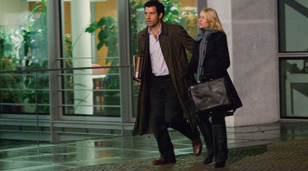 Clive Owen and Naomi Watts in The International (2009)